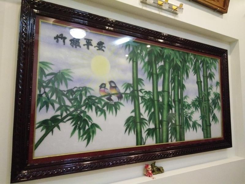 """<img src=""""http://tanphukhanh.com"""" alt=""""Tranh Da Quy Truc Bao Binh Anh-2"""" title=""""Tranh Đá Quý Trúc Báo Bình An-2"""" />"""